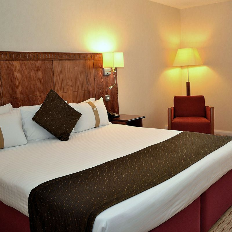 Holiday Inn Northampton bedrooms