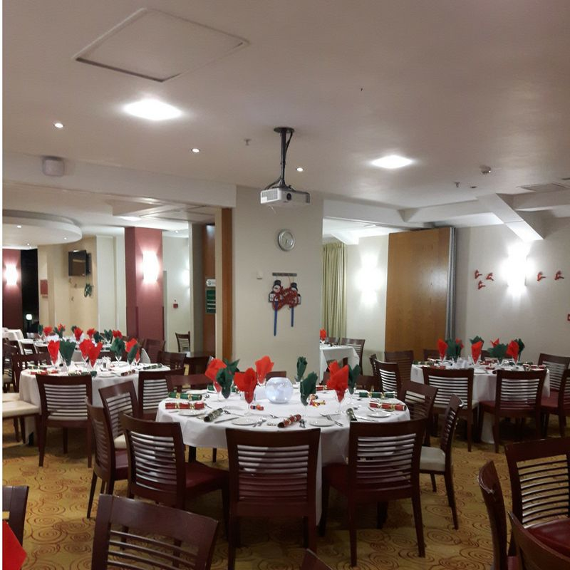 Holiday Inn Northampton Christmas parties